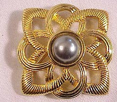 Indian Crafts - Gold And Silver Products